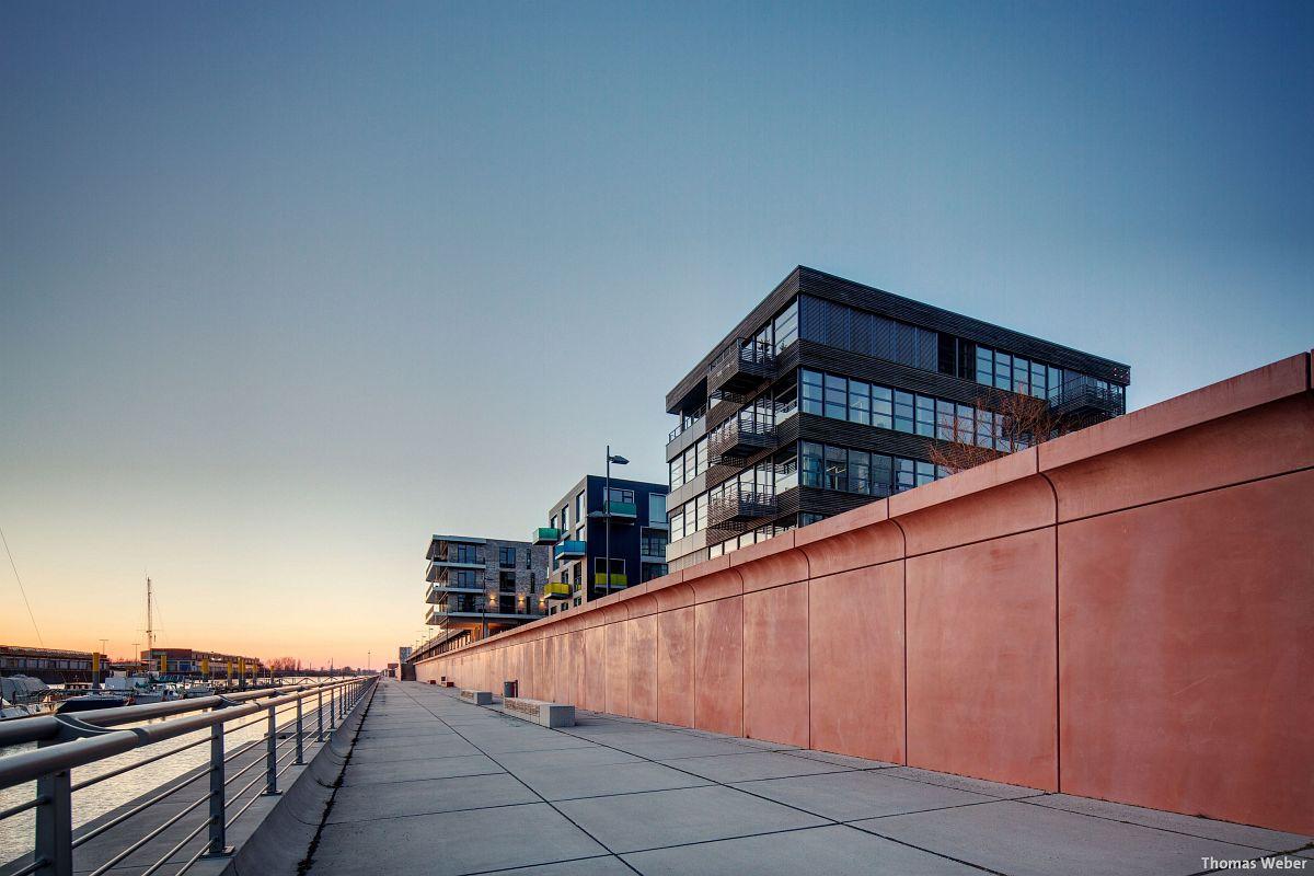 Architekturfotograf Bremen: Die Häuser der Überseestadt Bremen bei Sonnenuntergang (2)