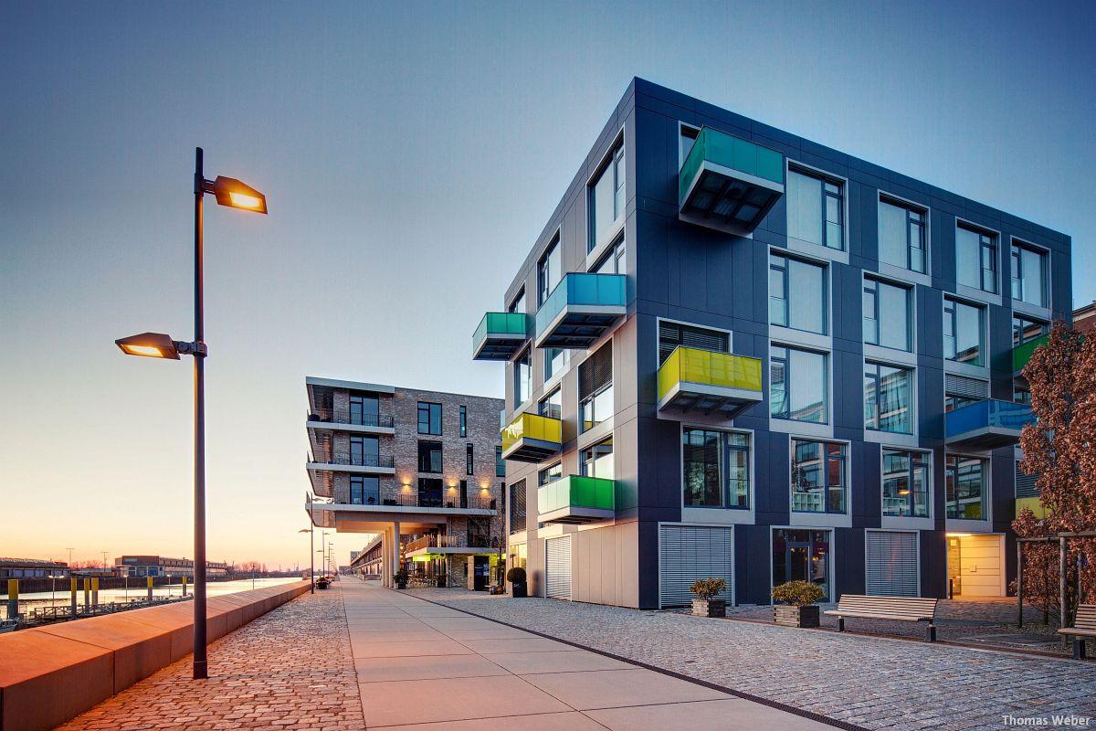 Architekturfotograf Bremen: Die Häuser der Überseestadt Bremen bei Sonnenuntergang (3)