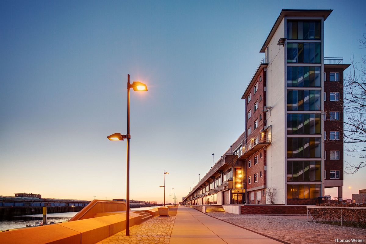 Architekturfotograf Bremen: Die Häuser der Überseestadt Bremen bei Sonnenuntergang (6)