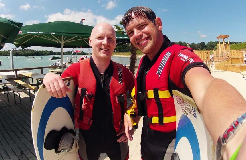 Steffen Löffler und ich beim Wakeboarden im Beachclub Nethen, Rastede