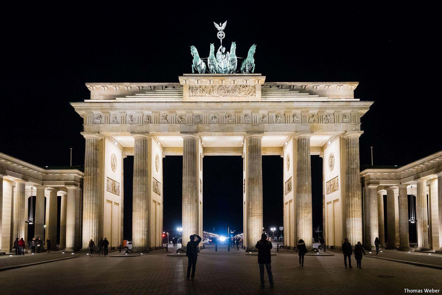 Fotograf Thomas Weber aus Oldenburg: Das Brandenburger Tor in Berlin bei Nacht