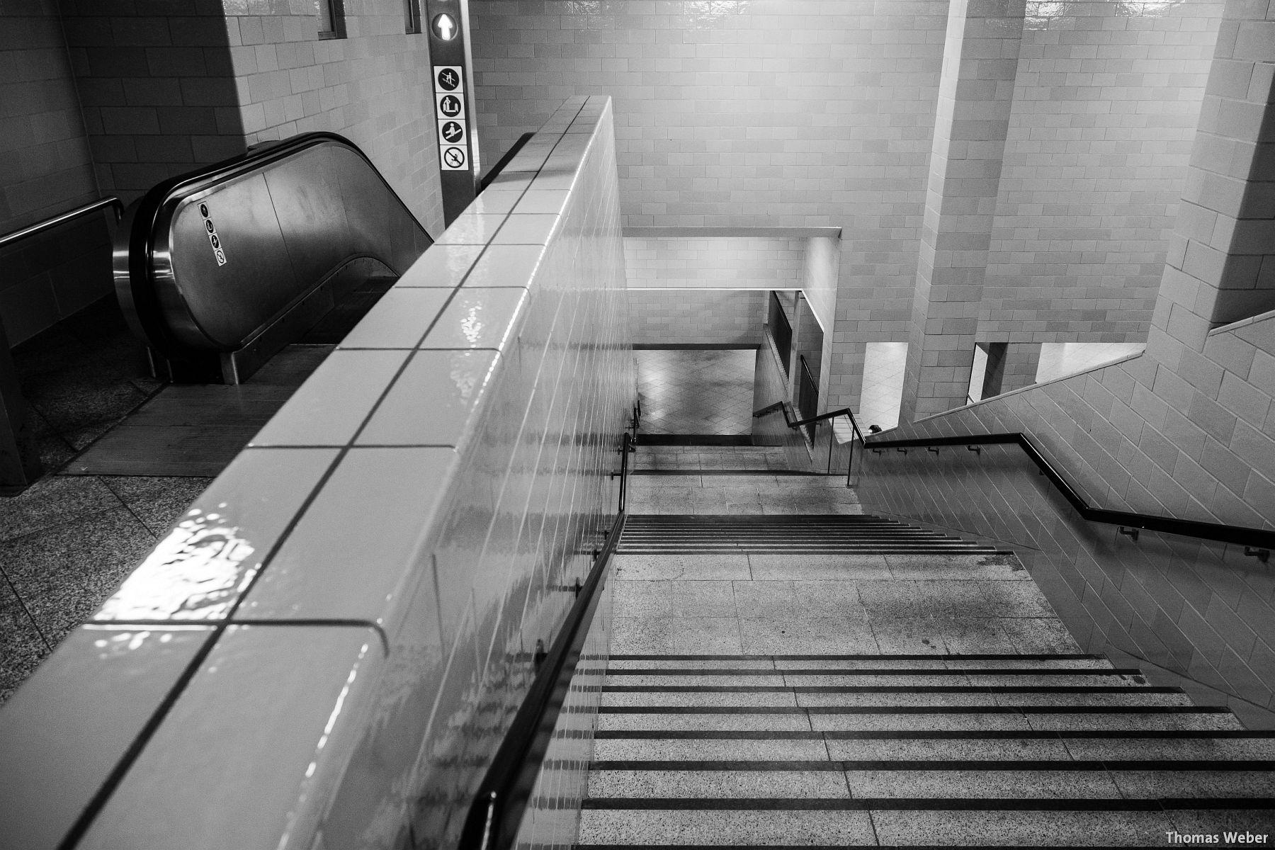 Fotograf Thomas Weber aus Oldenburg: U-Bahn am Alexanderplatz in Berlin