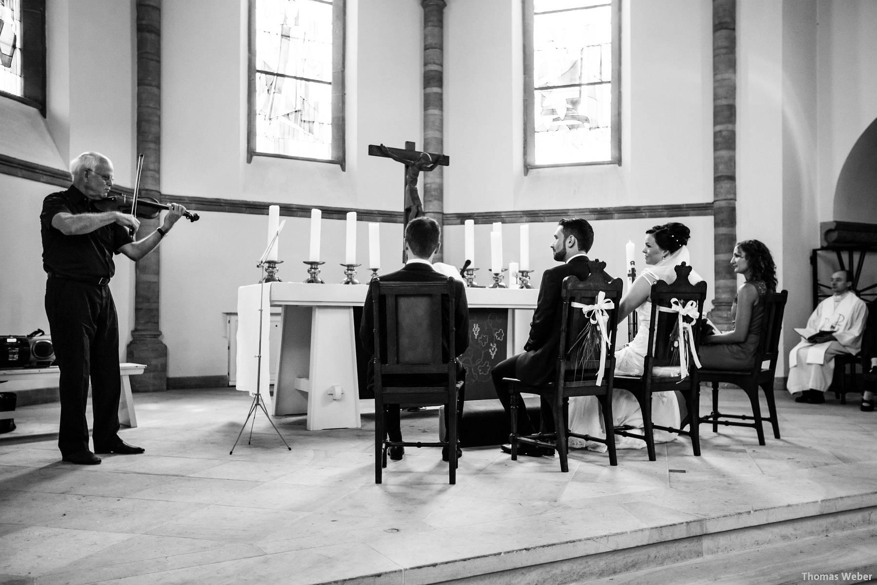 Hochzeitsfotograf Oldenburg: Kirchliche Trauung in der Garnisonkirche Oldenburg und Feier im Landhaus Etzhorn Oldenburg (24)