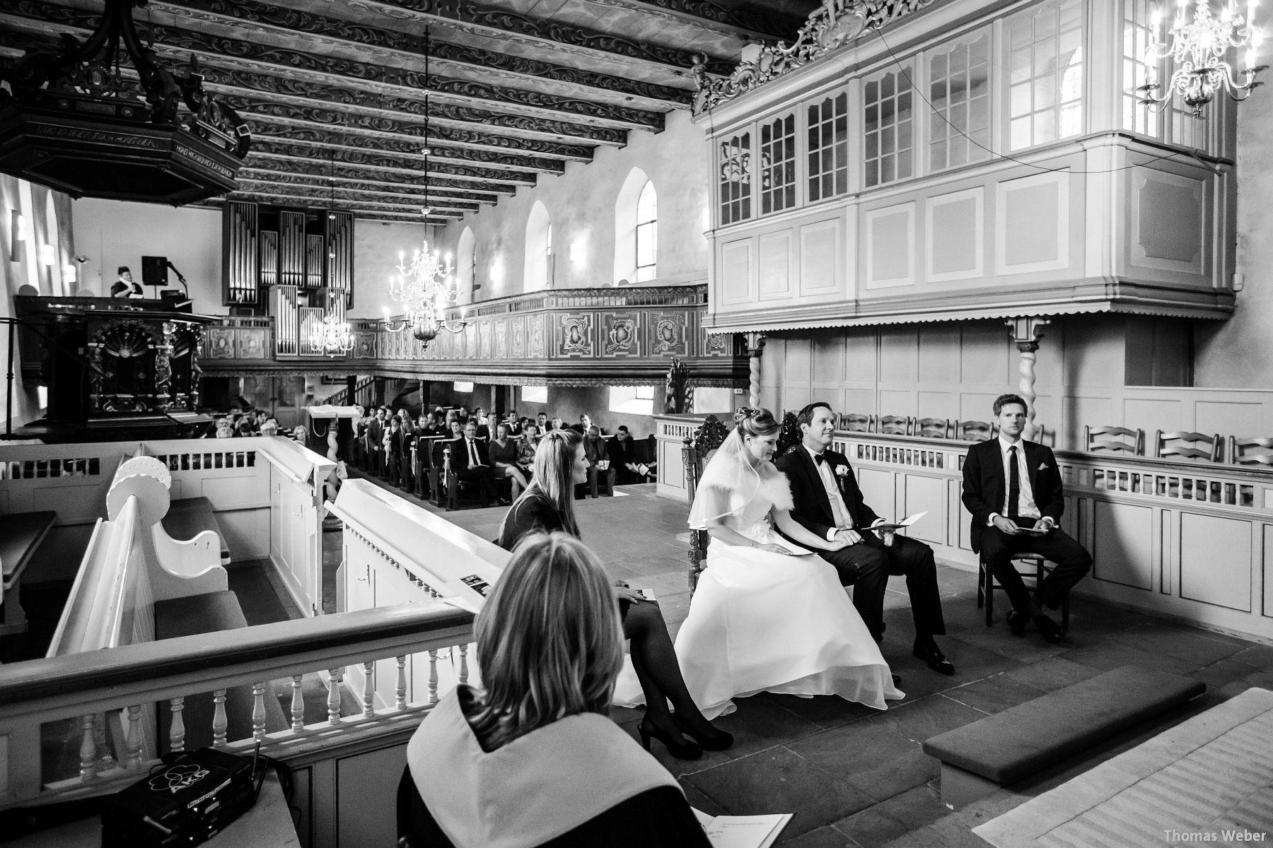 Hochzeitsfotograf Rastede: Kirchliche Trauung in der St. Ulrichs Kirche Rastede und Hochzeitsfeier in der Eventscheune St Georg Rastede mit dem Catering von Split Food (Michael Niebuhr) aus Oldenburg (20)