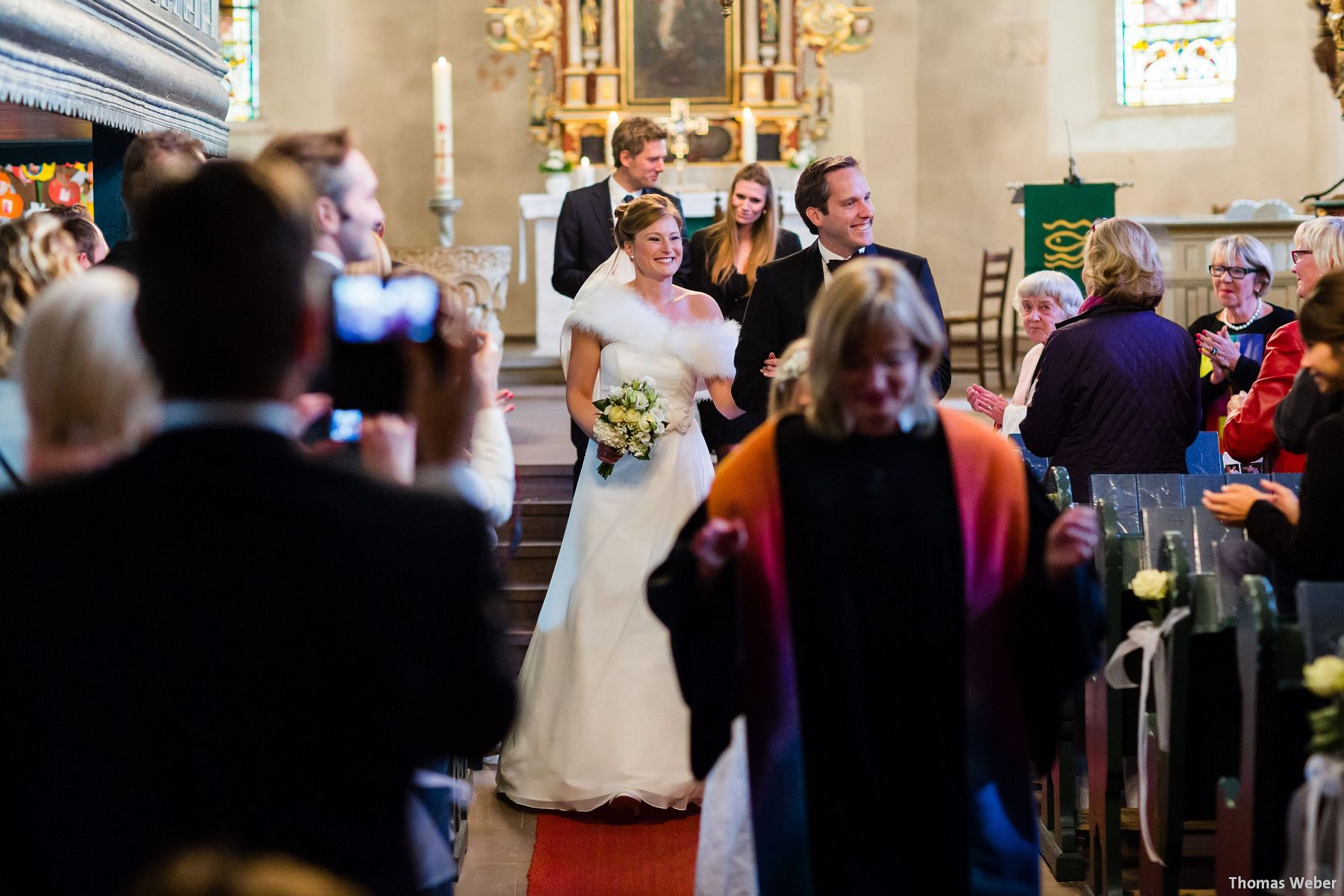 Hochzeitsfotograf Rastede: Kirchliche Trauung in der St. Ulrichs Kirche Rastede und Hochzeitsfeier in der Eventscheune St Georg Rastede mit dem Catering von Split Food (Michael Niebuhr) aus Oldenburg (15)