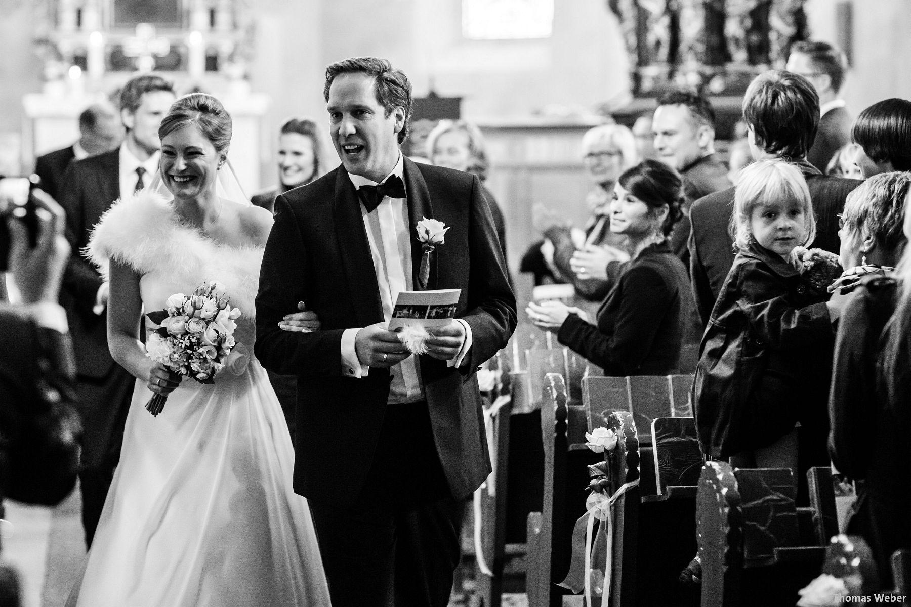 Hochzeitsfotograf Rastede: Kirchliche Trauung in der St. Ulrichs Kirche Rastede und Hochzeitsfeier in der Eventscheune St Georg Rastede mit dem Catering von Split Food (Michael Niebuhr) aus Oldenburg (14)