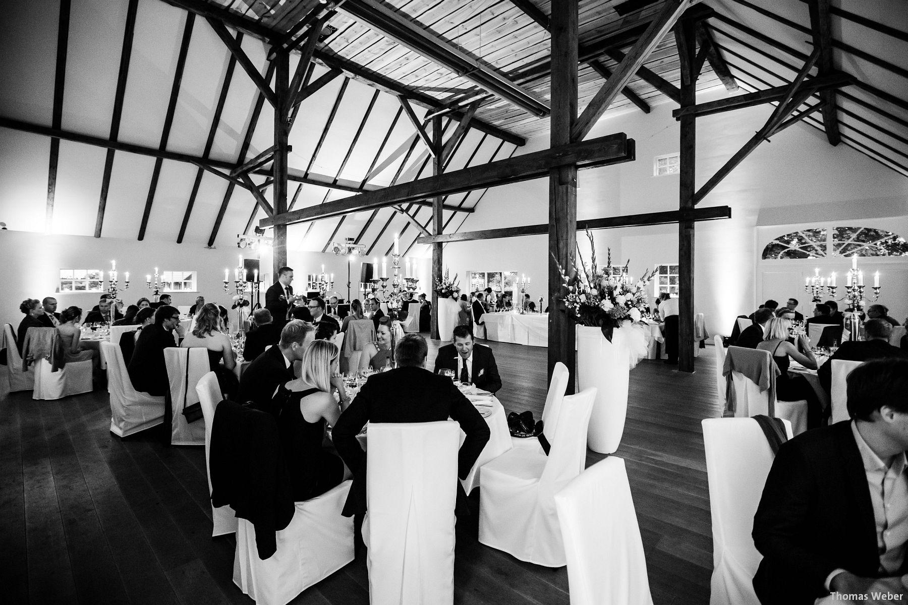Hochzeitsfotograf Rastede: Kirchliche Trauung in der St. Ulrichs Kirche Rastede und Hochzeitsfeier in der Eventscheune St Georg Rastede mit dem Catering von Split Food (Michael Niebuhr) aus Oldenburg (7)