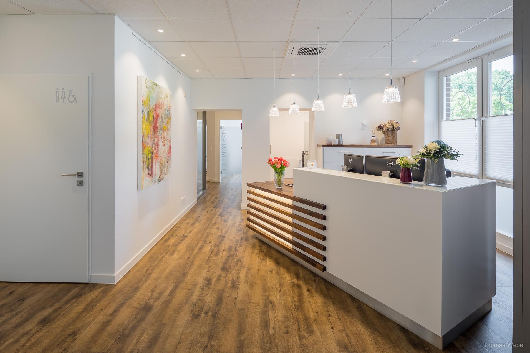Praxisfotos für die Zahnarztpraxis Weinrich in Metjendorf, Fotograf Thomas Weber aus Oldenburg